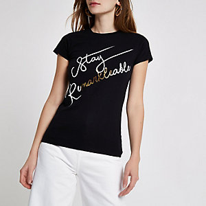 Zwart aansluitend T-shirt met 'Stay remarkable'-print