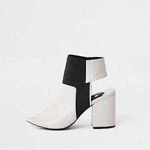 Crème elastische schoenlaarsjes