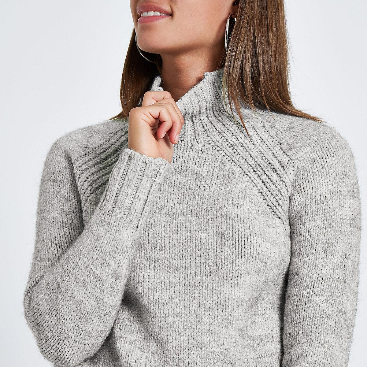 Grijze gemêleerde gebreide hoogsluitende pullover