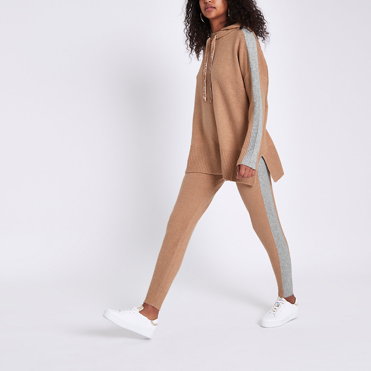 Brown knitted stripe side joggers