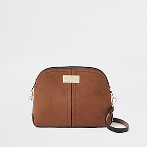 Dark brown kettle cross body bag