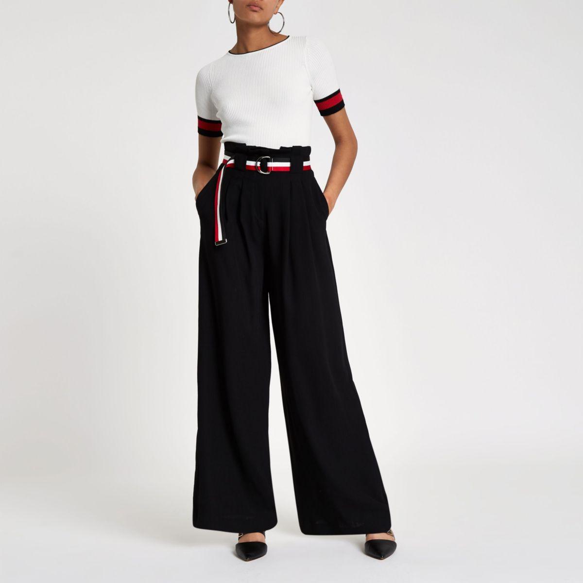 Zwart gestreepte broek met wijde pijpen en ceintuur
