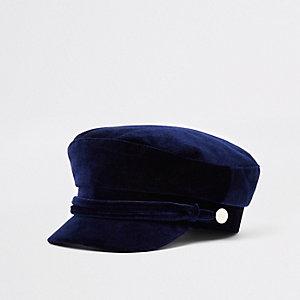 Marineblauwe fluwelen bakerboy-pet met touw om de rand