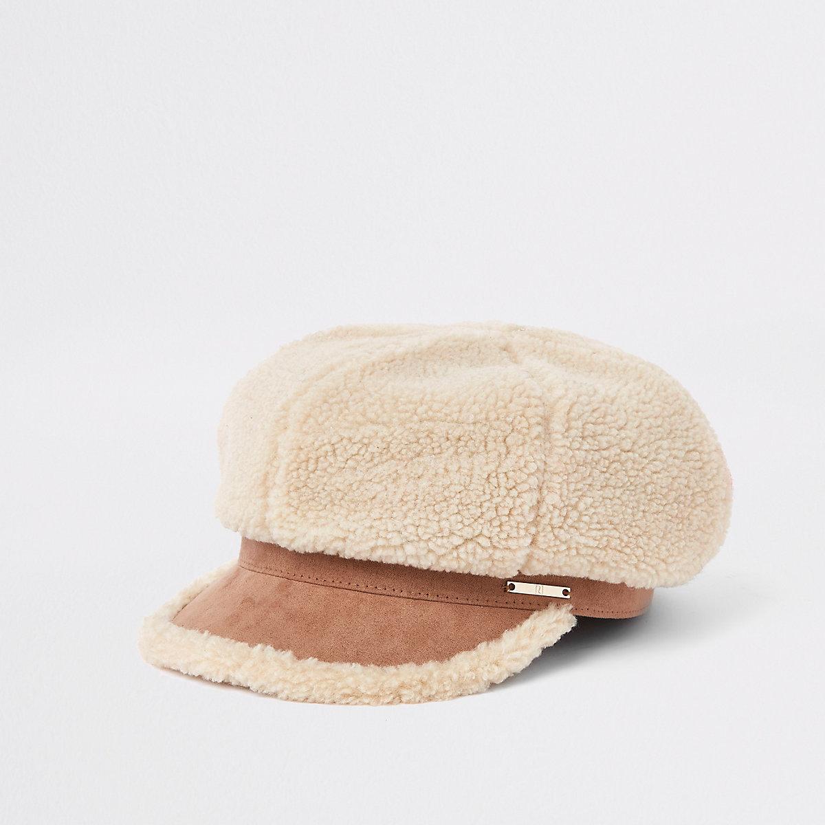 Light brown fleece baker boy hat