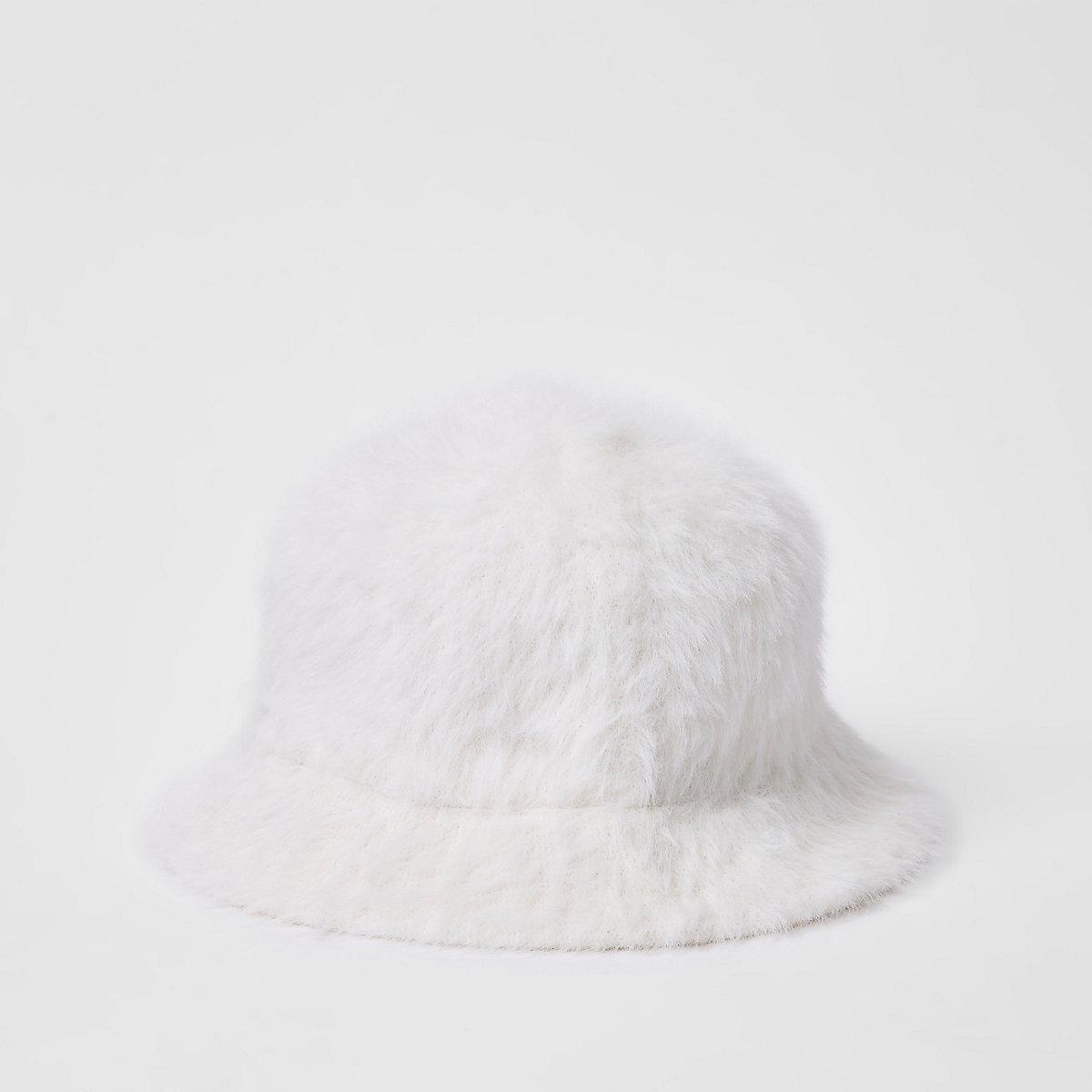 White fluffy bucket hat