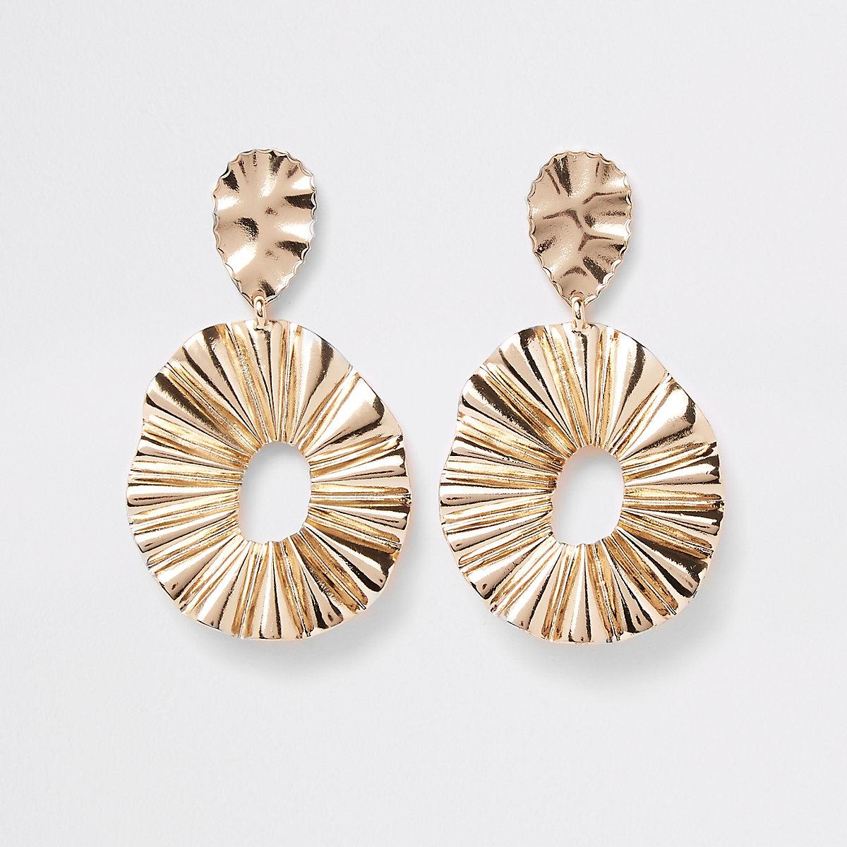 Gold tone ridged oval hoop drop earrings