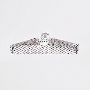 Collier ras-de-cou argenté orné de strass