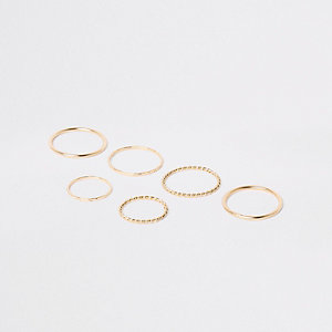 Gold tone metal ring pack