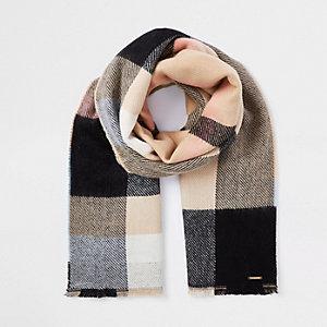 Beige geruite sjaal