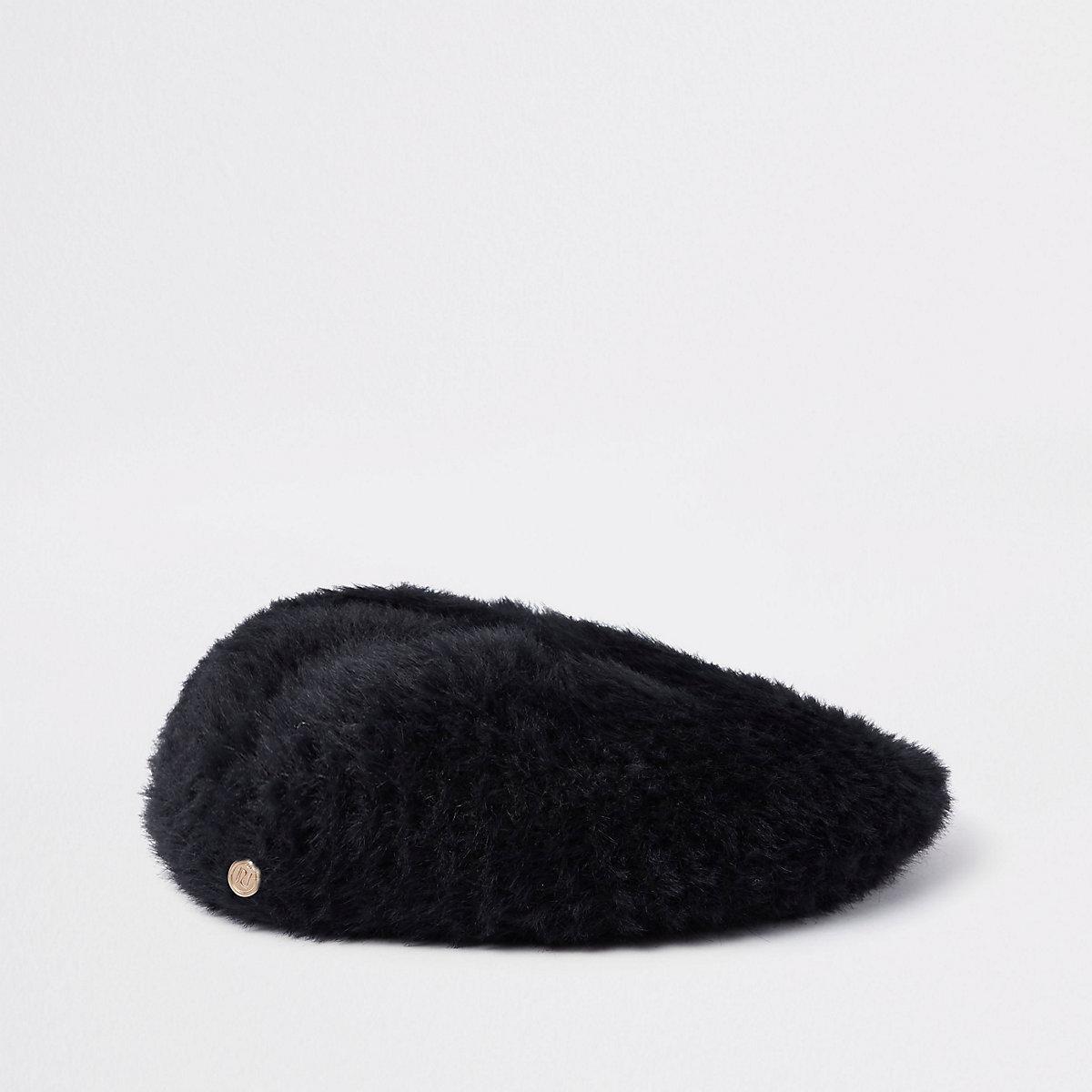 Donzige zwarte baret van imitatiebont