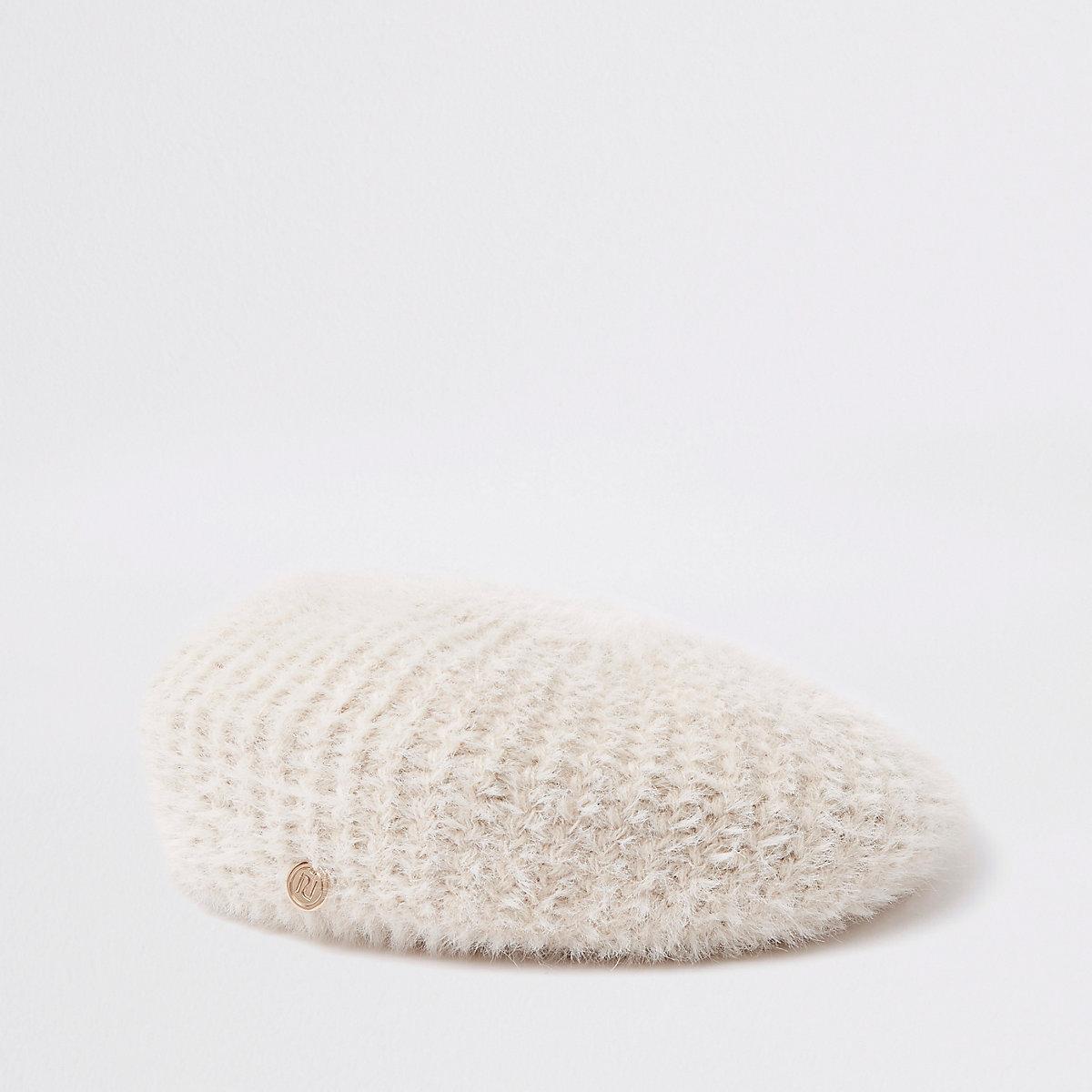 Beige fluffy beret