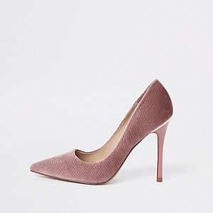 Pink corduroy pumps