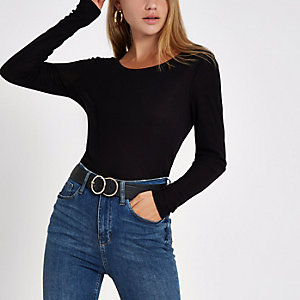 Black basic scoop neck long sleeve top