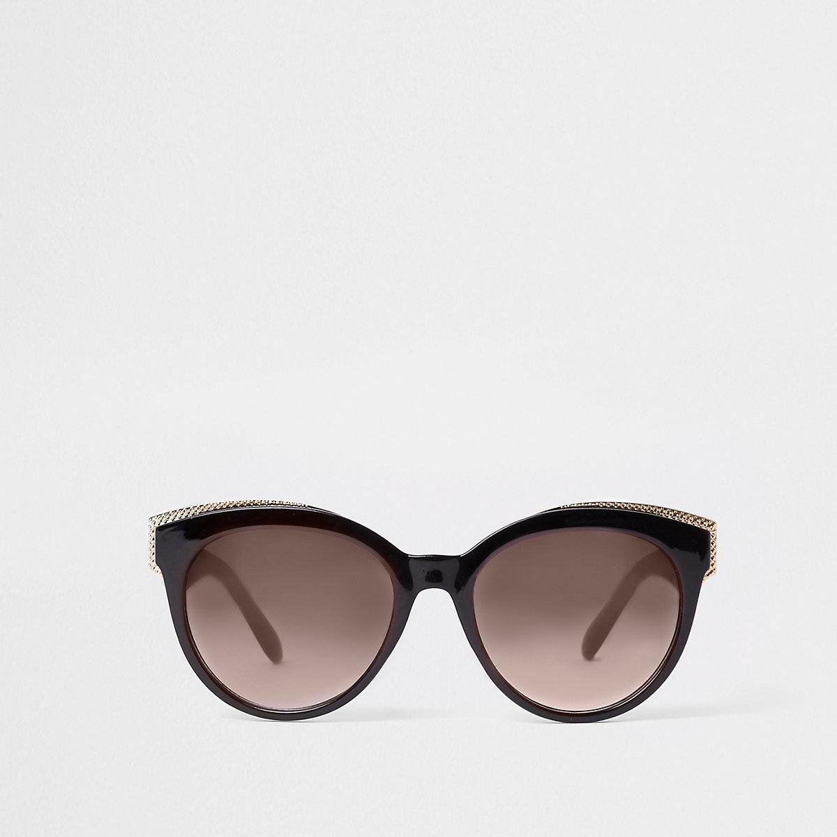 Black gold tone trim cat eye sunglasses