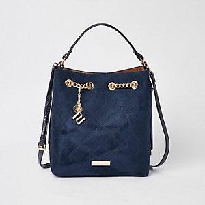 Marineblaue, gesteppte Tasche