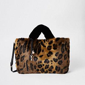 Cabas en fausse fourrure imprimé léopard marron