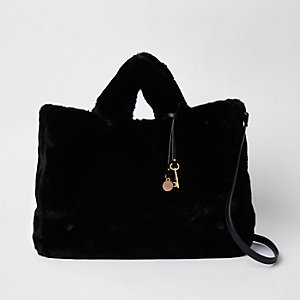 Black faux fur oversized shopper bag