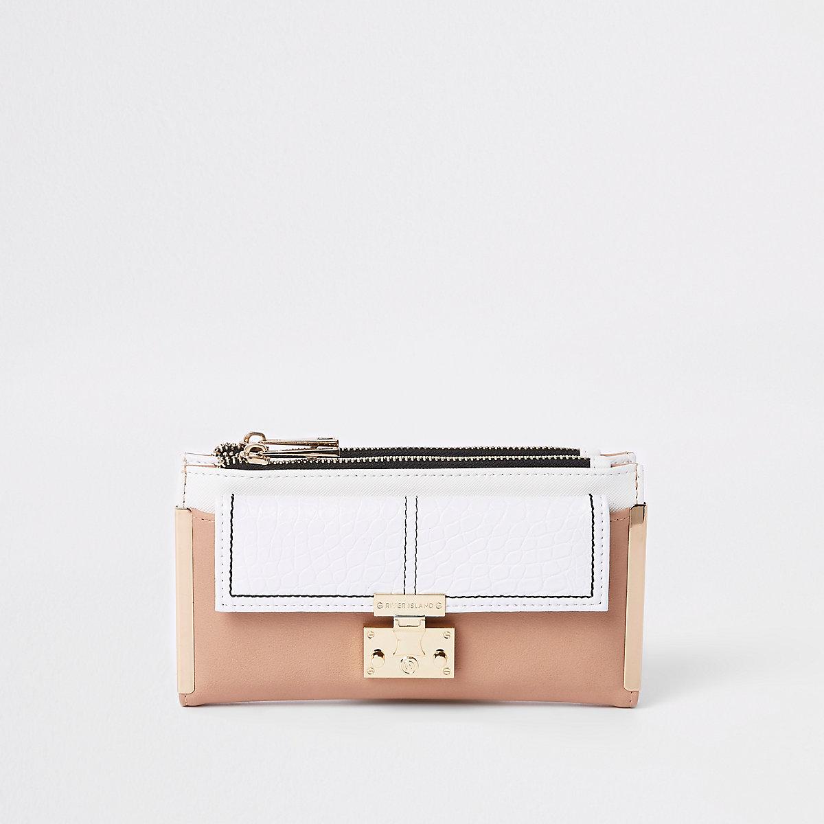 White lock pocket front foldout purse