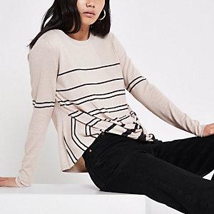 Beige gestreepte gebreide pullover met gedraaide voorkant