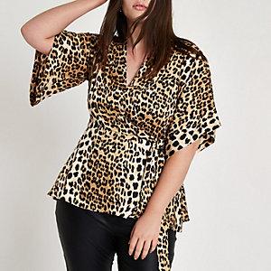 Plus leopard print kimono