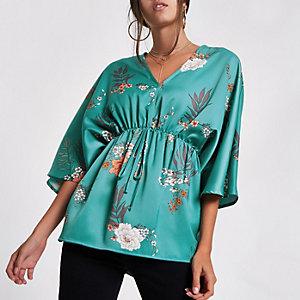 Blaues Kimonooberteil aus Satin