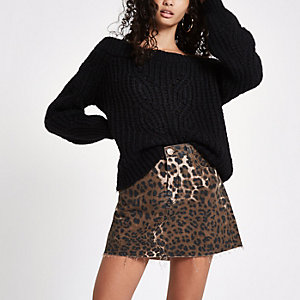 Brown leopard print denim mini skirt