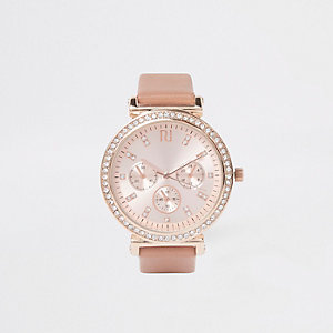 Montre or rose à strass et bracelet grain croco rose