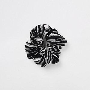 Grijze scrunchie met zebraprint