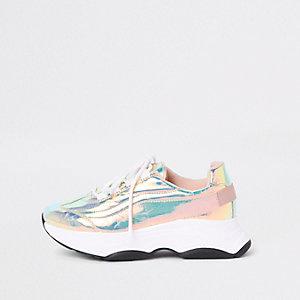 Schillernde, klobige Sneakers