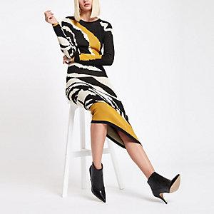 RI Studio – Gelbes Strickkleid mit Zebraprint