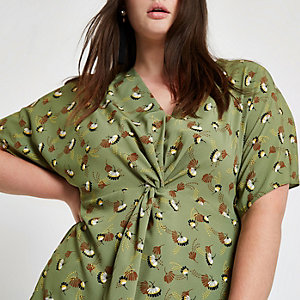Plus green print twist front top