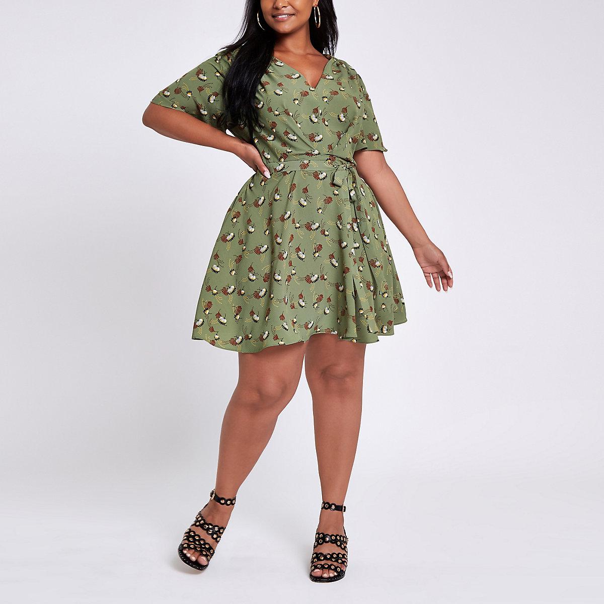 Plus green floral tie waist skater dress