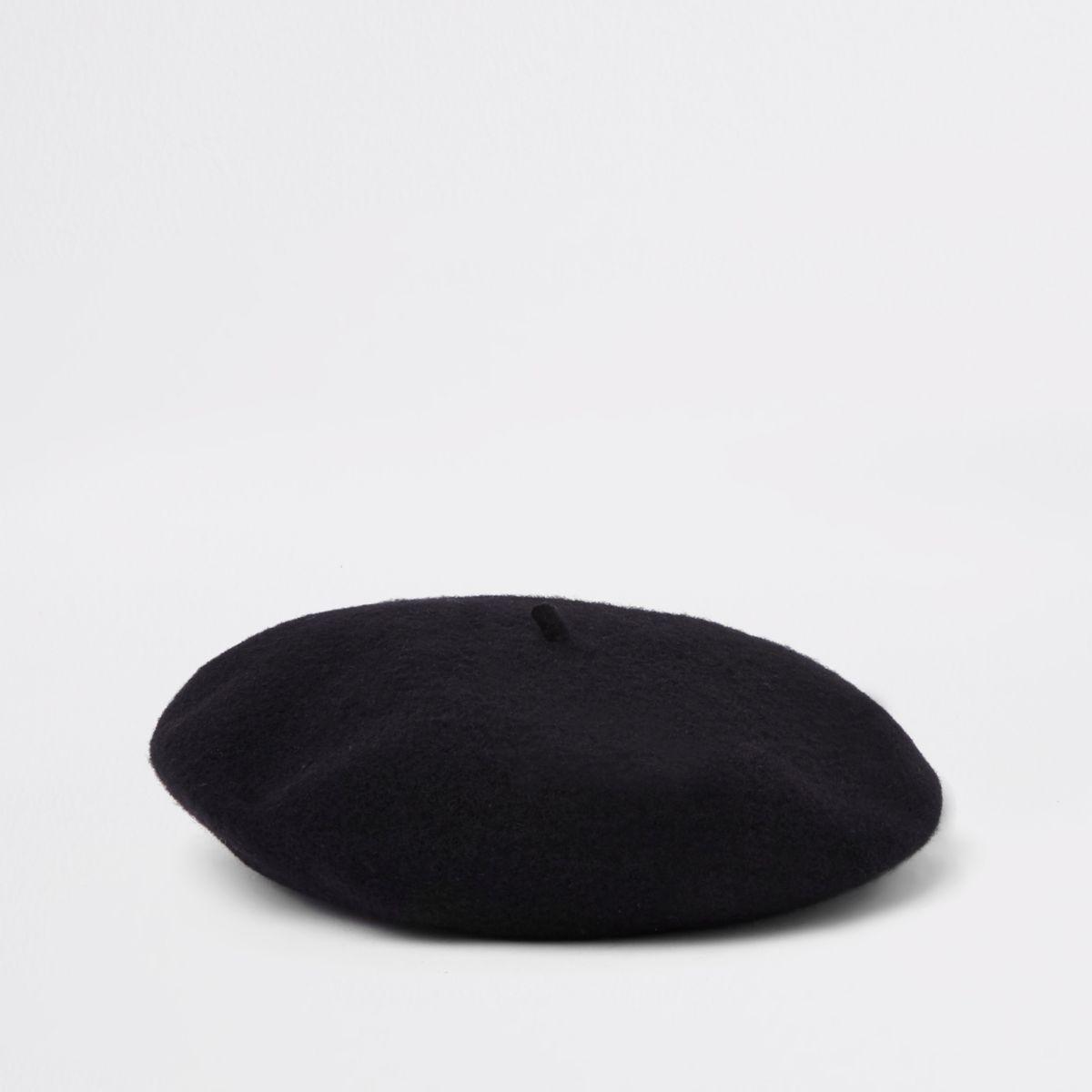 Black felt knit beret
