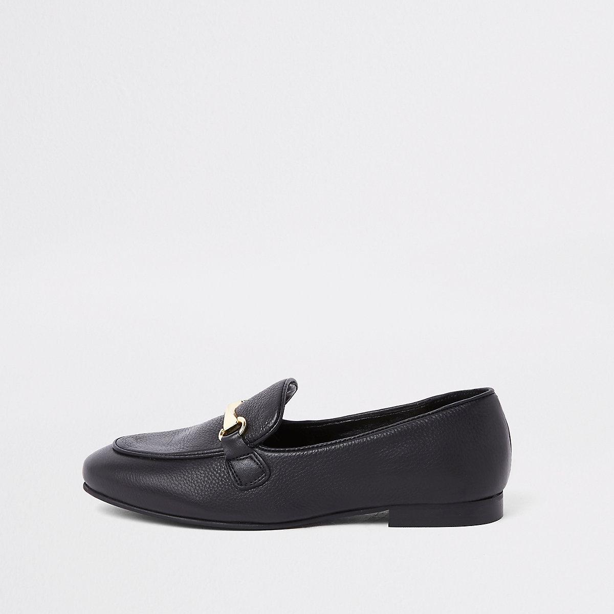 Black leather snaffle loafer