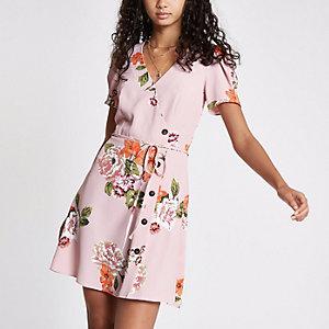 Mini robe boutonnée à fleurs rose