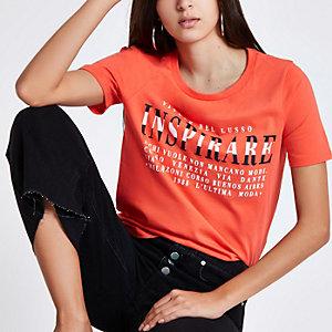 "Rotes, figurbetontes T-Shirt ""inspirare"""