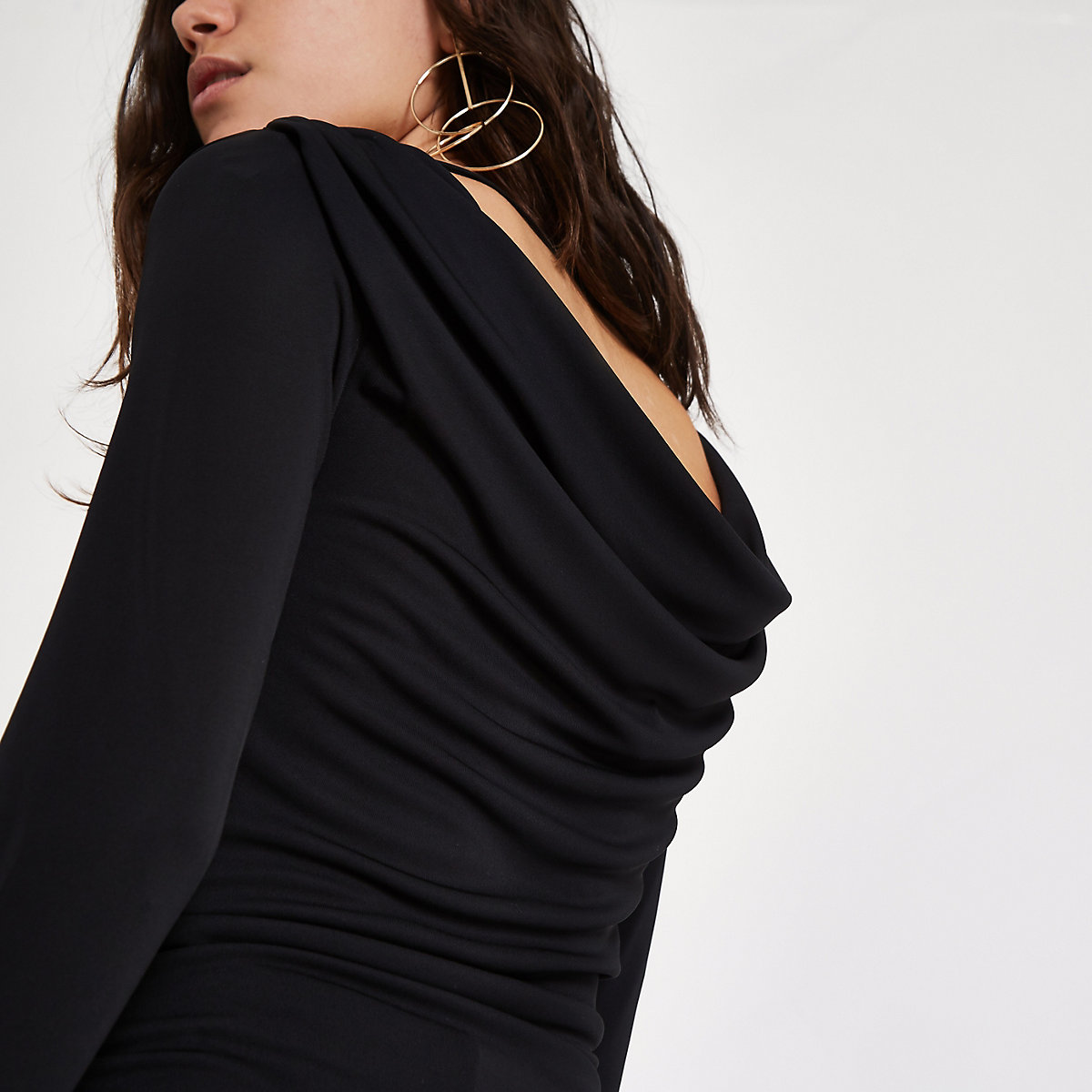 Black scoop cowl back ruched long sleeve top