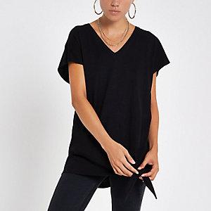 Zwart T-shirt met V-hals en knoop opzij