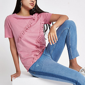 T-shirt rose à volant et col ras-du-cou