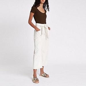 Brown scoop neck short sleeve bodysuit