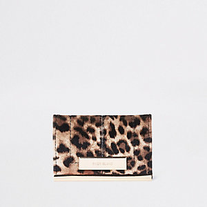 Brown leopard print travel card holder