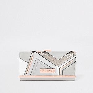 Metallic grijze portemonnee met druksluiting en inzetstukken