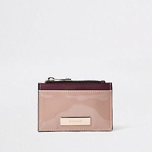 Porte-carte marron avec pochette zippée