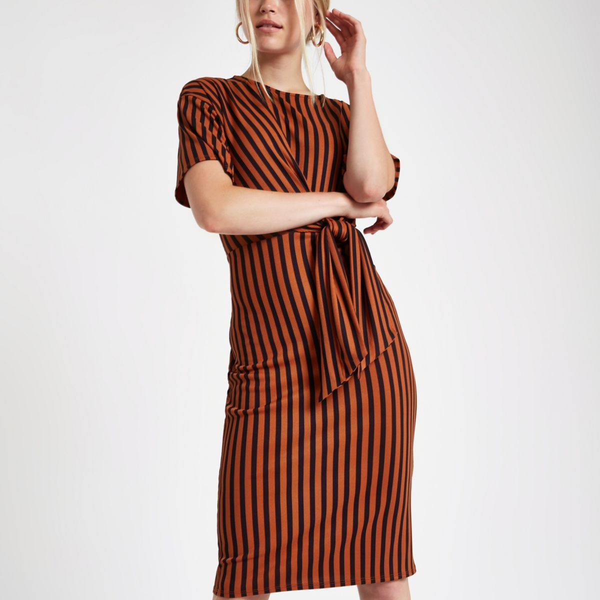 Red rib stripe tie front midi dress