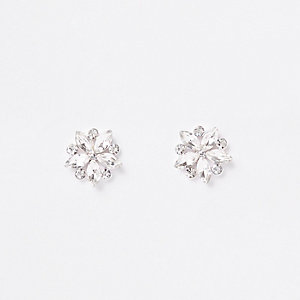 Silver tone flower cluster stud earrings