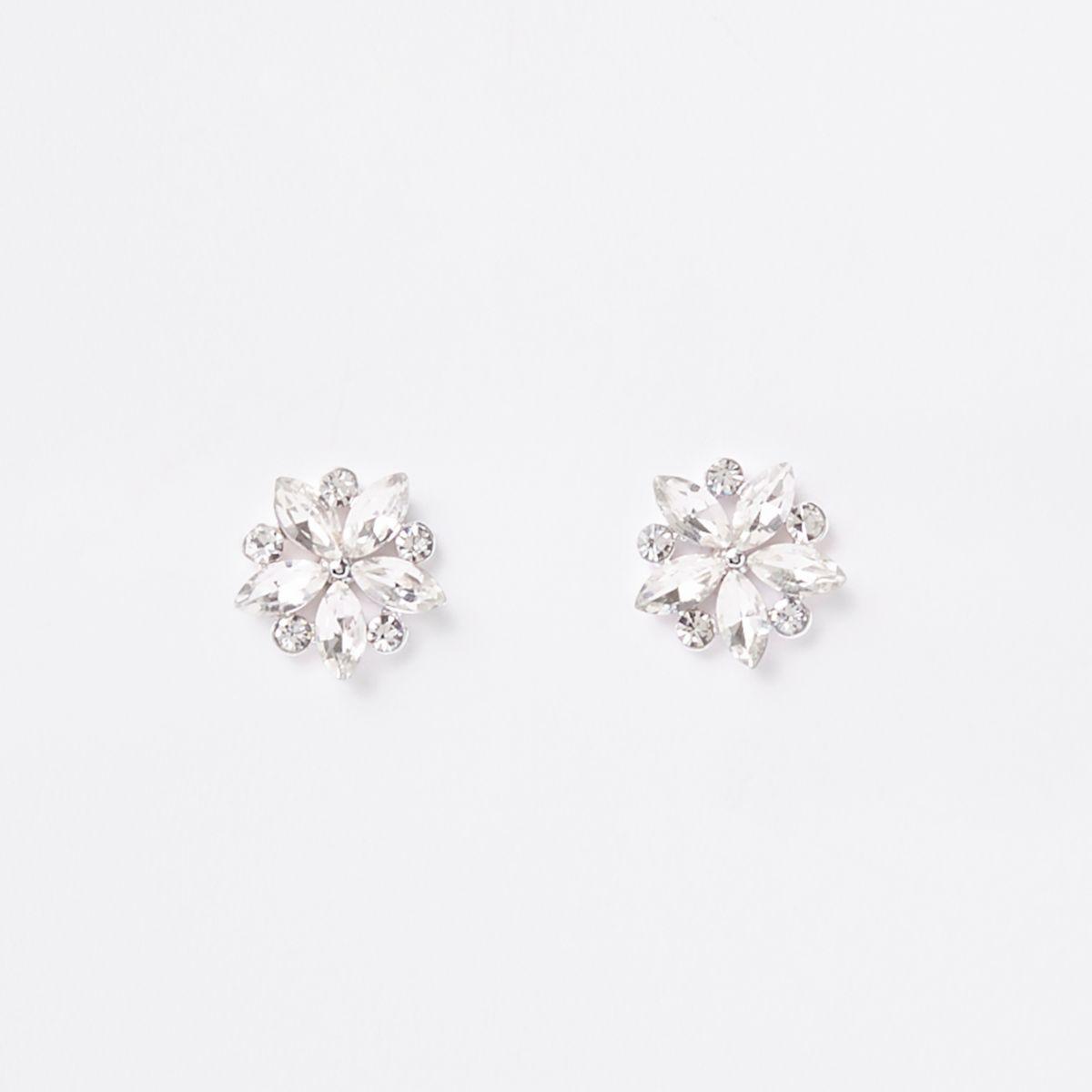 Silver tone flower cluster stud earrings