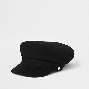 Black felt baker boy hat