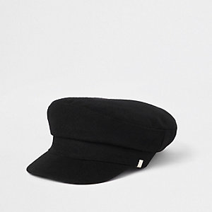 Black felt baker boy hat