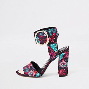Zwarte sandalen met blokhak en bloemenprint