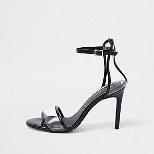 Barely There – Schwarze Sandalen